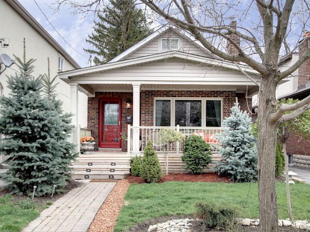 Beautifully Renovated 4 Bdrm in South Etobicoke!