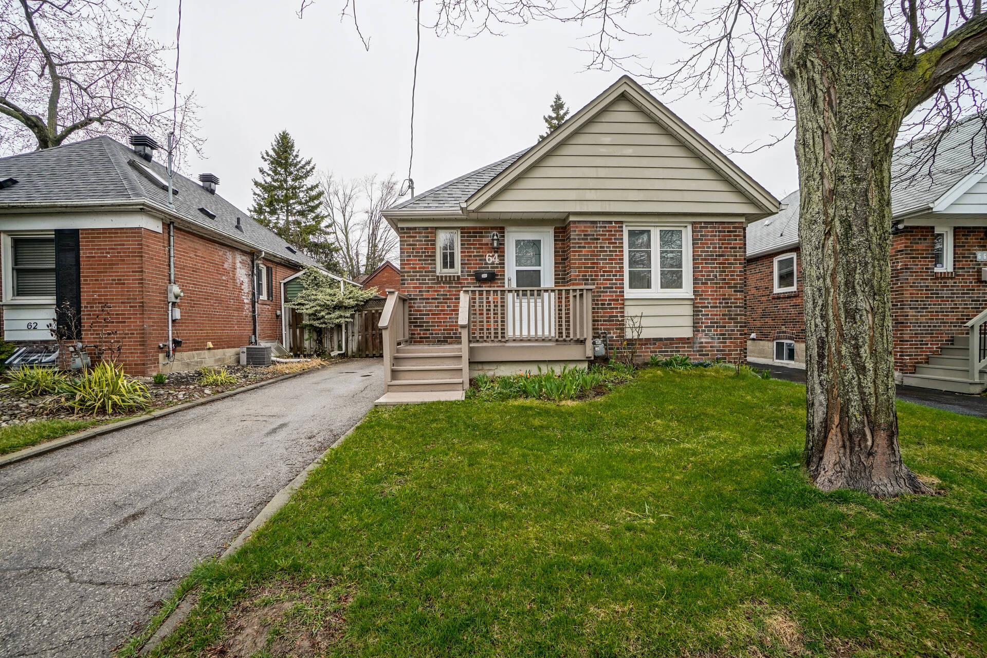 64 Royal York Road For Sale in Mimico, Toronto